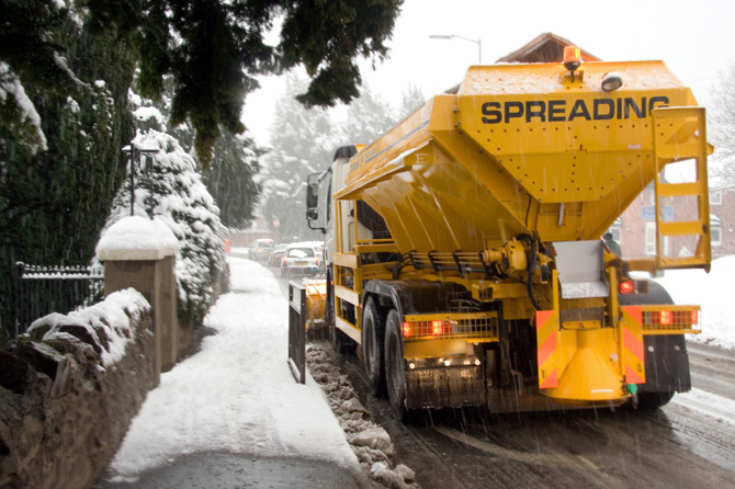 Gritter Lorry Gritting UK Roads Snow & Ice